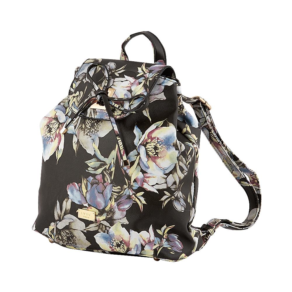 8bdfb36d9b Τσάντα backpack Lydc London σε μαύρο χρώμα και με floral σχέδιο αποτελεί  την ιδανική επιλογή για να απογειώσετε τις πολύ μοντέρνες και ξεχωριστές  εμφανίσεις ...
